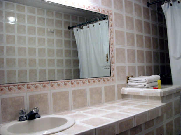 Got A Dull Tiny Bathroom? Transform It Into A Spacious, Bright And Fully Functional Room