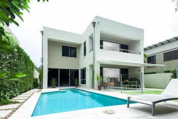 What To Consider Before Installing Your Own Swimming Pool